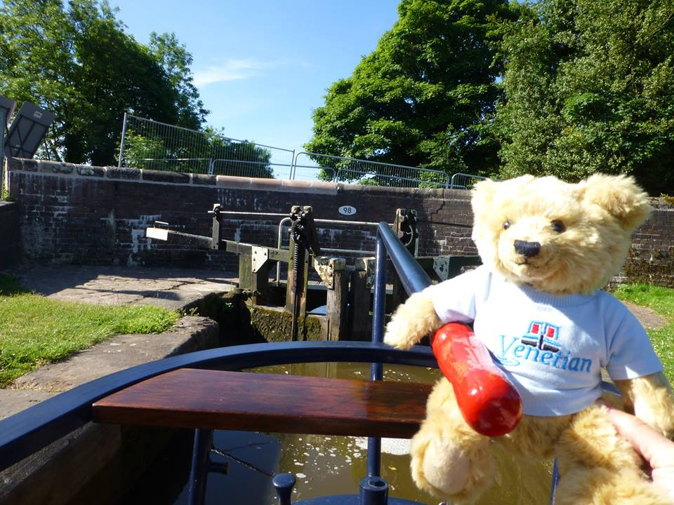 Welcome to Luxury Canal Hire Boats
